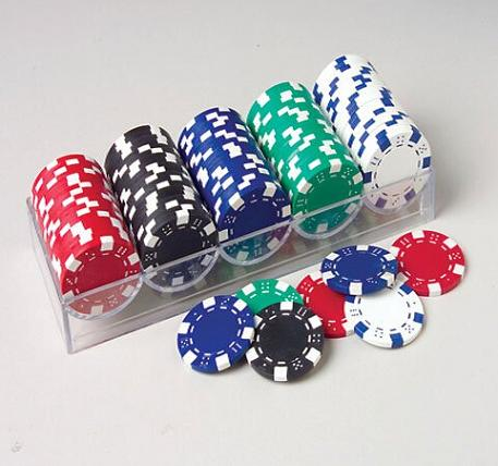 100PCS 11.5g Poker Chips in a clear plastic tray